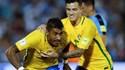 Brasil goleia no Uruguai com hat trick de Paulinho