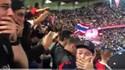 Adeptos do PSG de mãos na cabeça com o golaço de Neymar