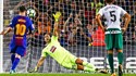 Messi marca quatro na goleada do Barcelona
