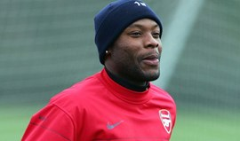 AS Roma de olho em William Gallas
