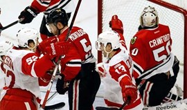 NHL: Red Wings silenciam United Center