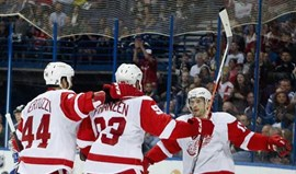 NHL: Red Wings travam St. Louis Blues