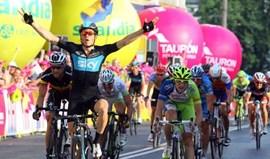 Volta à Polónia: Ben Swift conquista 2.ª etapa