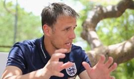Phil Neville anuncia retirada