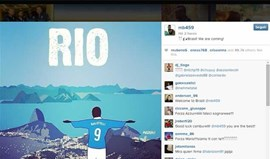 Balotelli no lugar do Cristo Redentor