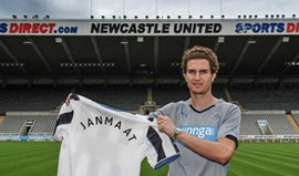 Daryl Janmaat é o substituto de Debuchy no Newcastle