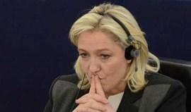 Marine Le Pen convida Ibrahimovic a sair de França