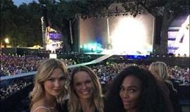 Serena Williams e Wozniacki no concerto de Taylor Swift