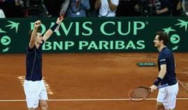 Taça Davis: Irmãos Murray deixam Grã Bretanha à beira do título