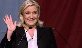 Extrema-direita à frente das eleições regionais francesas