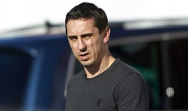 Gary Neville orientou primeiro treino no Valencia