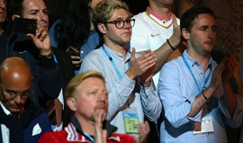 Niall Horan filmou match point de Novak Djokovic