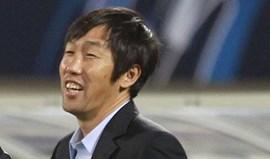 Gao Hongbo assume comando interino da seleção chinesa