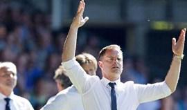 Holanda: Frank de Boer deixa Ajax com Everton no horizonte