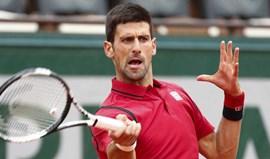 Djokovic avança para a segunda ronda