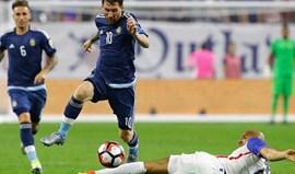 Argentina 'atropela' EUA com Messi ao volante e ruma à final