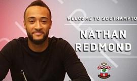 Nathan Redmond assina pelo Southampton