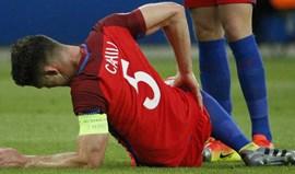 Ataque deixa Gary Cahill frustrado
