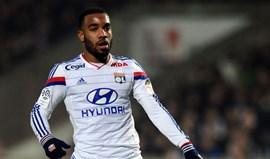 Presidente do Lyon garante que Lacazette vai continuar no clube