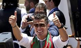 Ronaldo é a quarta celebridade que mais dinheiro ganha