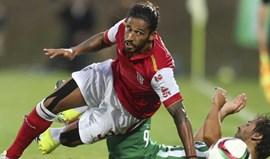 Tiago Gomes renova até 2018