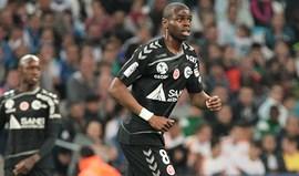 'L'Équipe' diz que Oniangué está bem encaminhado para Alvalade