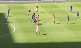 Primeiro golo da era Mourinho é para ver e rever