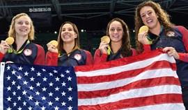 Norte-americanas conquistam ouro nos 4x200 metros livres