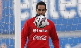 Claudio Bravo deixa mensagem na hora de se despedir do Barcelona