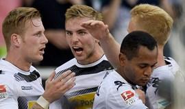 Borússia Moenchengladbach vence Bayer Leverkusen na estreia