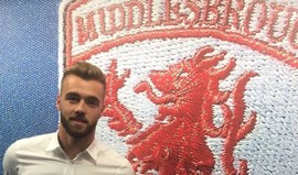 Arsenal empresta Calum Chambers ao Middlesbrough