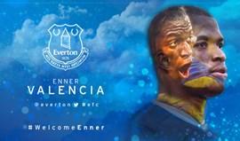 Enner Valencia troca West Ham por Everton