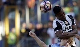 Alex Sandro elogia contratações da Juventus