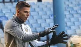 Miguel Santos estreia-se nos convocados do Port Vale