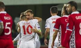Markovic, Fejsa e Stojiljkovic no banco na vitória da Sérvia