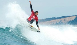 MEO Rip Curl Pro Portugal: Jordy Smith atinge os quartos de final