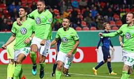 Vieirinha lesiona-se no triunfo do Wolfsburgo