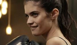 Sara Sampaio liberta o stress com o boxe