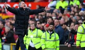 Mourinho: «Jogar o De Gea ou jogar eu na baliza teria sido igual»