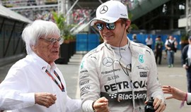 Ecclestone quer contrato de longa duração com GP Singapura