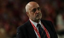 Índia: Nelo Vingada triunfa e ainda sonha com o playoff