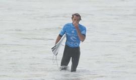 Frederico Morais eliminado na 2.ª ronda do Pipe Masters de surf