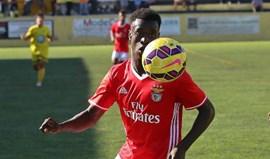 Benfica 'despacha' Loures na 1ª parte e volta aos triunfos