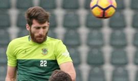 Miguel Vieira volta à defesa