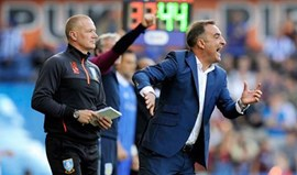 Sheffield de Carlos Carvalhal vence em casa do líder Newcastle