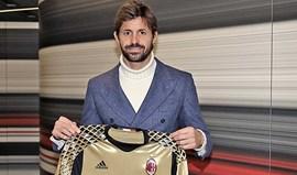 Storari de regresso ao Milan... aos 40 anos