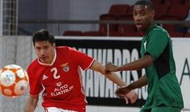 Benfica vence e mantém-se a 5 pontos do Sporting
