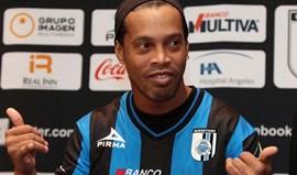 Ronaldinho Gaúcho em conversações com o Coritiba