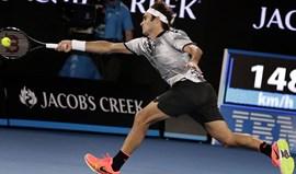 Roger Federer apura-se para a final