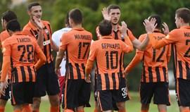 Derrota por 3-0 com Shakthar Donetsk